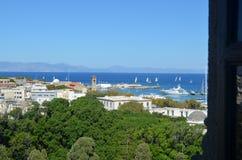 Sikt av hamnen av Rhodes Greece Royaltyfri Foto