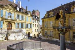 Sikt av historiska byggnader i Neuchatel Royaltyfri Bild