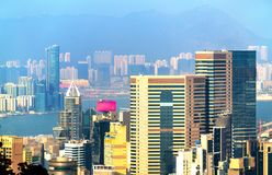 Sikt av Hong Kong Island från det Victoria maximumet fotografering för bildbyråer