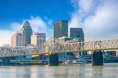 Sikt av horisont i stadens centrum Louisville arkivbilder