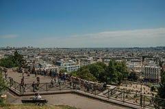 Sikt av horisonten uppifrån av butten Montmartre i Paris royaltyfria bilder