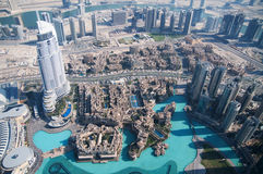 Sikt av i stadens centrum Dubai från Burj Khalifa Arkivfoton