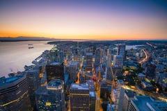 Sikt av i stadens centrum Seattle horisont Arkivbilder