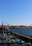 Sikt av i stadens centrum Seattle strand Arkivbild