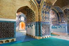 Sikt av inreblåttmoskén i Tabriz Östligt Azerbajdzjan landskap iran Arkivfoton