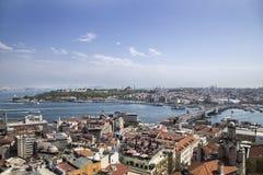 Sikt av istanbul från galatatowe Royaltyfria Foton