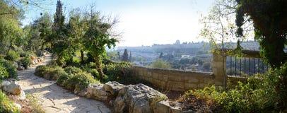 Sikt av Jerusalem från monteringen av olivgrön Arkivfoton