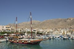 Sikt av Kalymnos port, Grekland arkivfoton