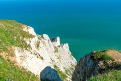 Sikt av klippor och havet från det Beachy huvudet nära Eastbourne, östliga Sussex Arkivfoton