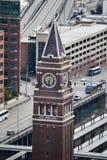 Sikt av konungen Street Station från det Smith Tower observationsdäcket, Seattle, Washington Royaltyfri Bild