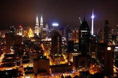 Sikt av Kuala Lumpur City på natten malaysia Arkivfoton