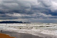 Sikt av kusten av Anapa från Vityazevo Royaltyfri Bild