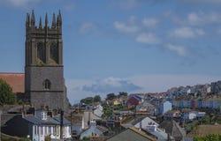 Sikt av kyrkliga Brixham Torbay Devon Endland UK Arkivbild