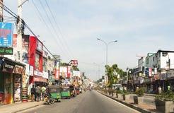 Sikt av landskapgatan, Sri Lanka Arkivbilder
