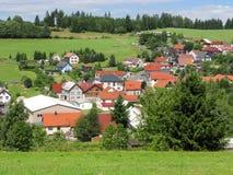 Sikt av Langenbach i Thuringian Forest Nature Park, Tyskland Royaltyfri Bild