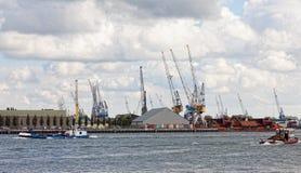 Sikt av lastport i Rotterdam Fotografering för Bildbyråer