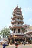 Sikt av Linh Phuoc Pagoda Arkivbild