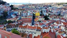 Sikt av Lissabon från Belvedere de Graça, Portugal Europa royaltyfri foto