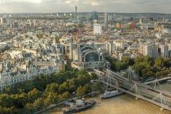 Sikt av London från det London ögat Arkivfoto