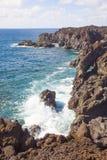 Sikt av Los Hervideros del Agua i Lanzarote, kanariefågelöar, Sp Arkivbilder