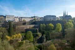 Sikt av Luxembourg det historiska centret Royaltyfri Foto