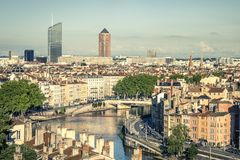 Sikt av Lyon med Saone River Royaltyfri Bild