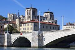 Sikt av Lyon och bron Royaltyfri Bild