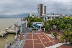 Sikt av Malecon 2000 strandpromenad - Guayaquil, Ecuador Arkivbilder