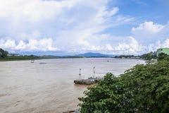 Sikt av Mekong River och den guld- triangeln arkivfoto