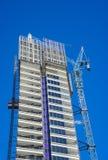 Sikt av modern byggnad under contruction Royaltyfria Bilder