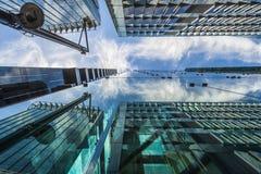 Sikt av moderna skyskrapor i staden av London Royaltyfria Foton