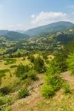 Sikt av Mokraen Gora från den Sargan Vitasi stationen, panorama Serbien arkivbild