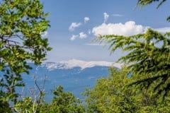Sikt av Mont Ventoux i Provence, Frankrike Fotografering för Bildbyråer