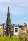 Sikt av monumentet till Sir Walter Scott Arkivbild