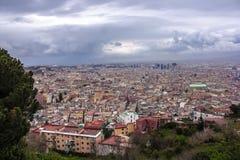 Sikt av Naples uppifrån Royaltyfri Bild