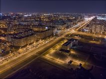 Sikt av natten Minsk, Vitryssland arkivfoton