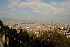 Sikt av Nepal från den Buddanath stupaen Arkivbilder