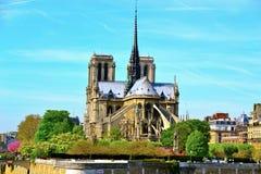 Sikt av Notre Dame Royaltyfri Bild