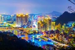 Sikt av nya Taipei stadsbyggnader Arkivbilder