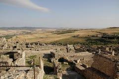 Sikt av omgivningen från staden av Dugga Arkivbilder