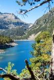 Sikt av Oredon sjön i Hautes Pyrenees, Frankrike arkivbild