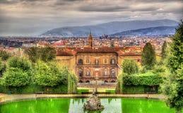 Sikt av Palazzoen Pitti i Florence Arkivbilder