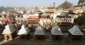 Sikt av Pashupatinath - hinduisk tempel i Katmandu Arkivbilder