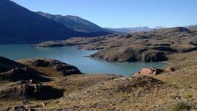 Sikt av Patagonia sjön royaltyfria foton