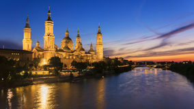 Sikt av Pilar Cathedral i Zaragoza, Spanien Royaltyfria Bilder