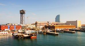 Sikt av port Vell Barcelona Royaltyfria Foton