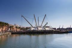 Sikt av Porto Antico i Genoa Royaltyfri Bild