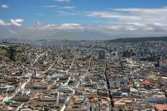 Sikt av Quito Ecuador arkivbilder