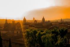 Sikt av Rome kupoler Royaltyfria Foton