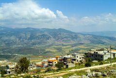Sikt av södra Libanon och den israeliska gränsen från Al Khiam royaltyfria foton